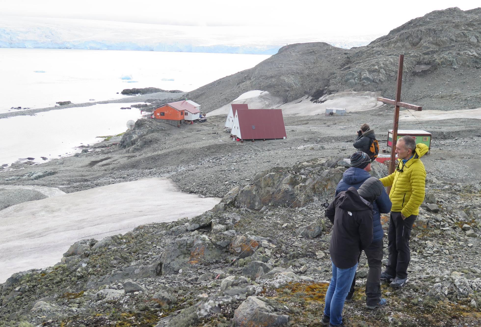 Antártida: continuidad de temperaturas altas preocupa en el continente de hielo
