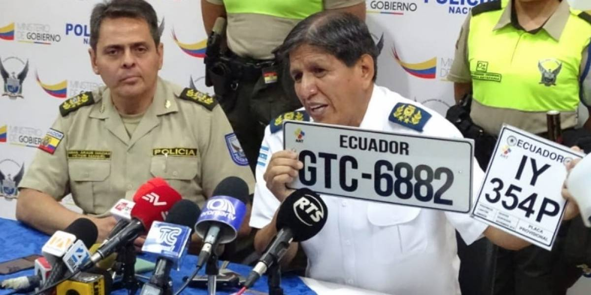 Guayaquil: Policía Nacional detendrá a vehículos y motos sin placas y con vidrios polarizados