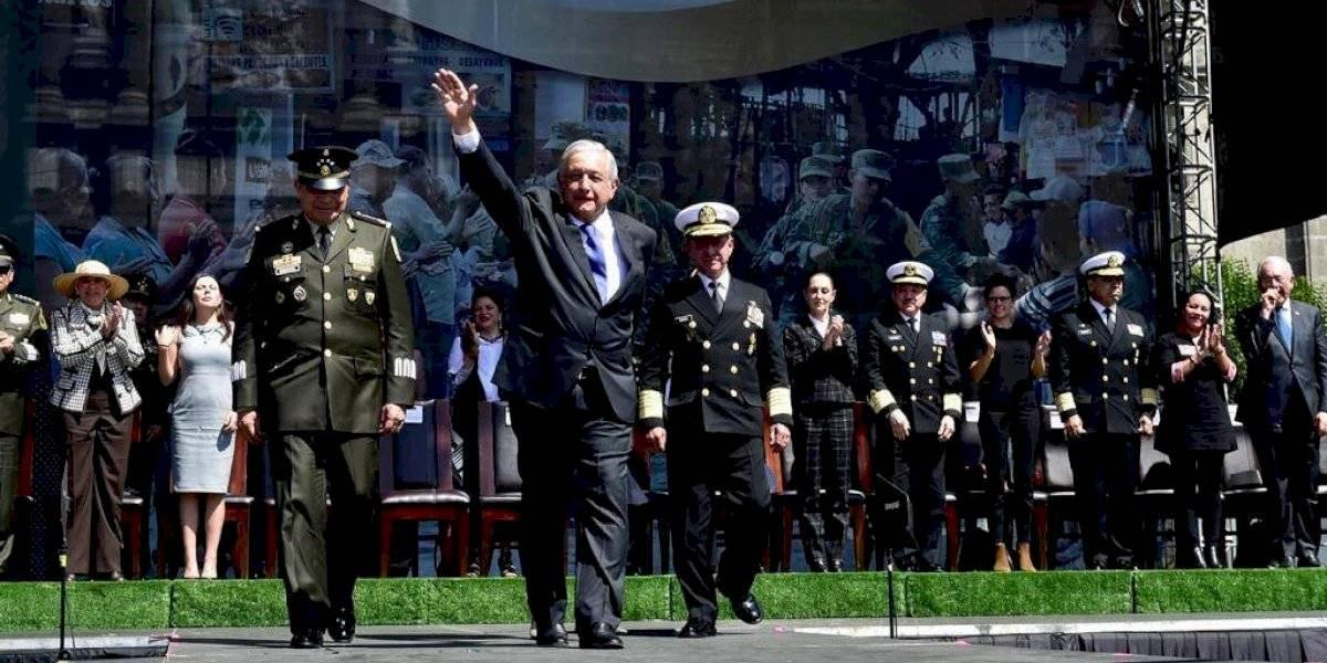 Agradece AMLO al Ejército Mexicano por estar a favor de la '4T'