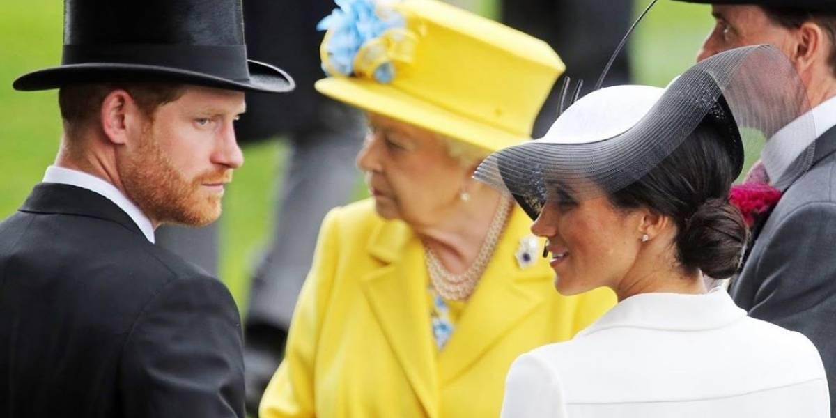 """La reina Isabel II vetaría el uso de """"Sussex Royal"""" como nombre de la marca de Harry y Meghan"""