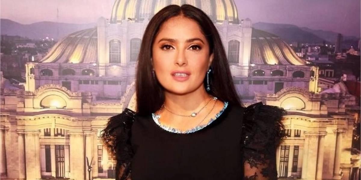 Salma Hayek presume su belleza en selfie sin maquillaje y la acusan de usar bótox