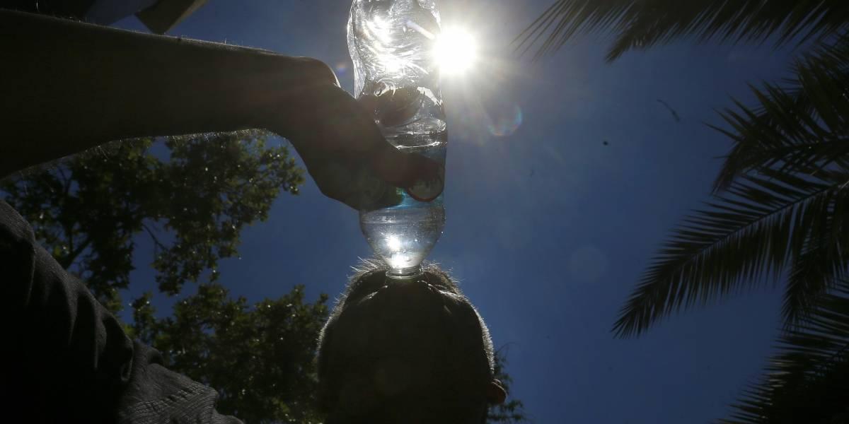 """Meteorología pronostica """"evento de altas temperaturas"""" en Santiago: máximas llegarían a los 34 grados"""