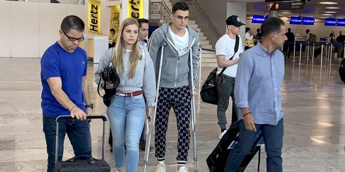 Nicolás Benedetti llega a Guadalajara para ser operado de la rodilla