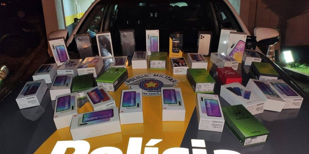 Polícia apreende 35 celulares contrabandeados do Paraguai