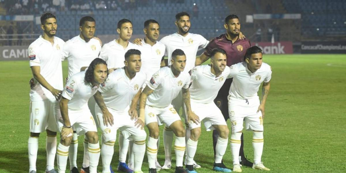 Clubes guatemaltecos suspenden entrenos e instan a mantener la calma