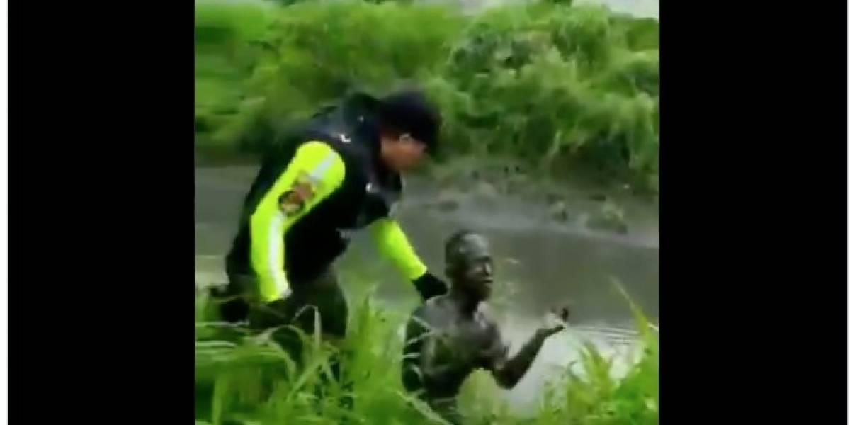 Delincuente trató de camuflarse con lodo y así lo encontraron en Guayaquil