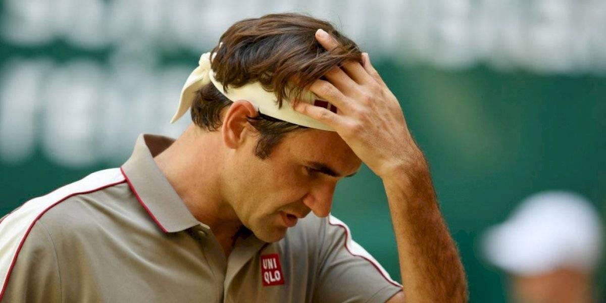 Roger Federer se opera la rodilla quedando fuera de la temporada de arcilla y Roland Garros