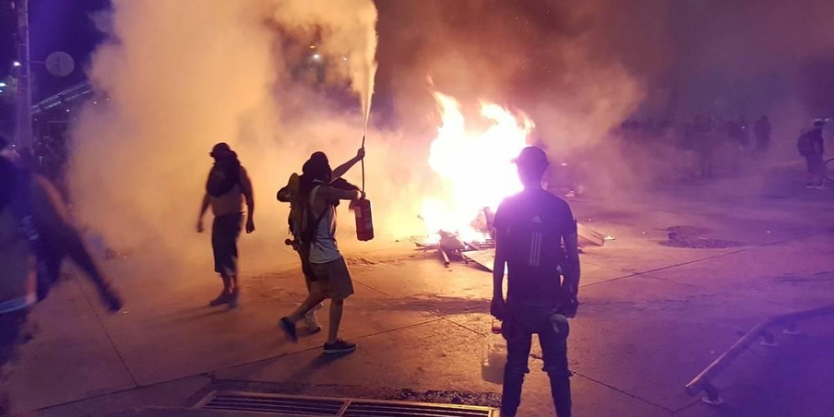 Incidentes graves fuera y dentro de la Estación Los Quillayes del Metro