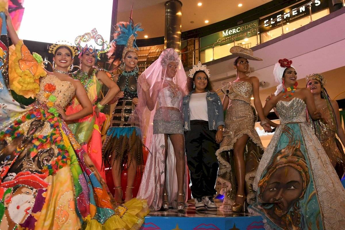 Desfile de la diseñadora May Pájaro Rolando. Jairo Voz