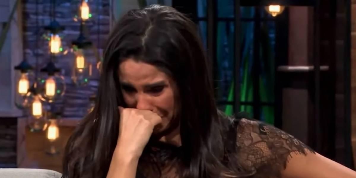 VIDEO: Paola Rojas llorando, explicó que fue operada por separación de Zague