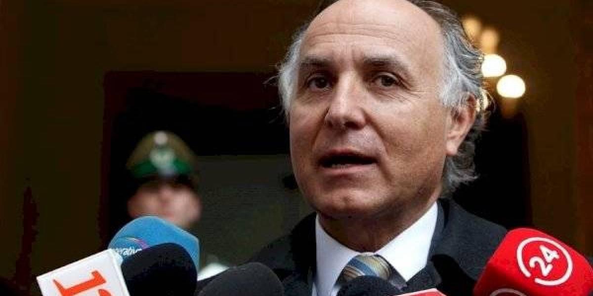 """Canciller Teodoro Ribera dijo que chilena contagiada de coronavirus """"está fuera de peligro"""""""