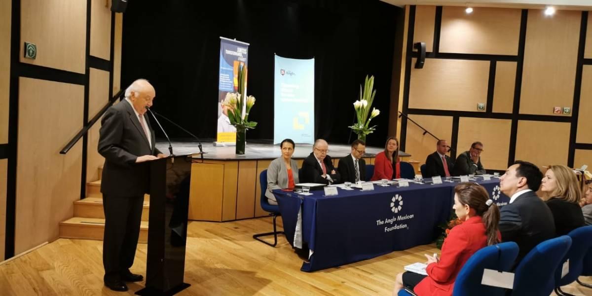 The Anglo Mexican y la Fundación Mano Amiga firman convenio para reforzar programas de inglés