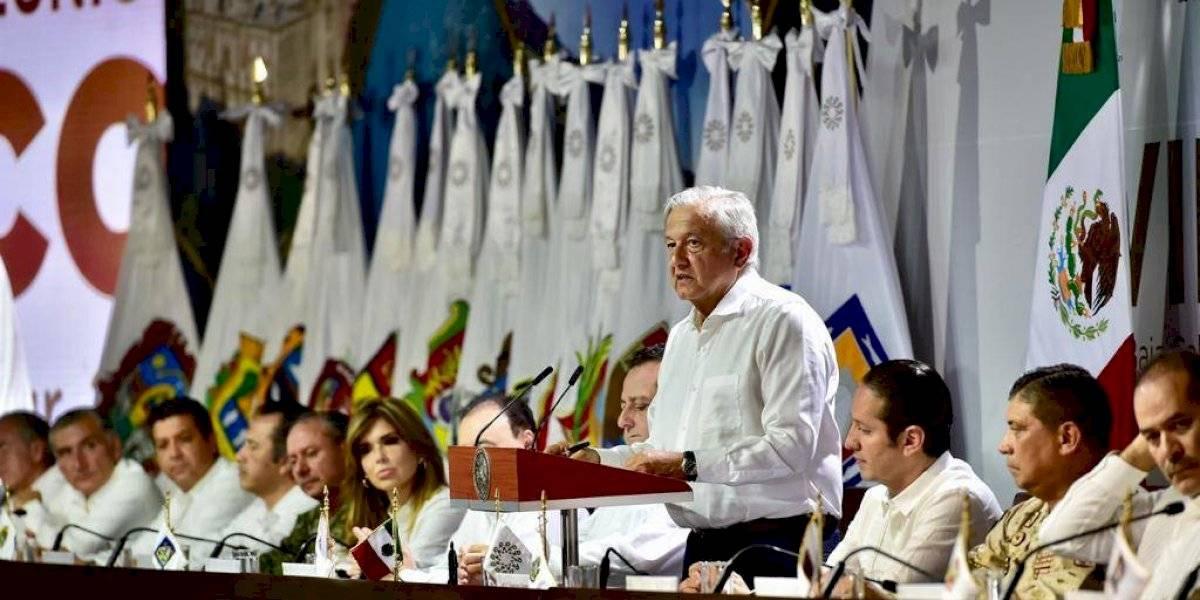 Conago pide a López Obrador a atender los feminicidios