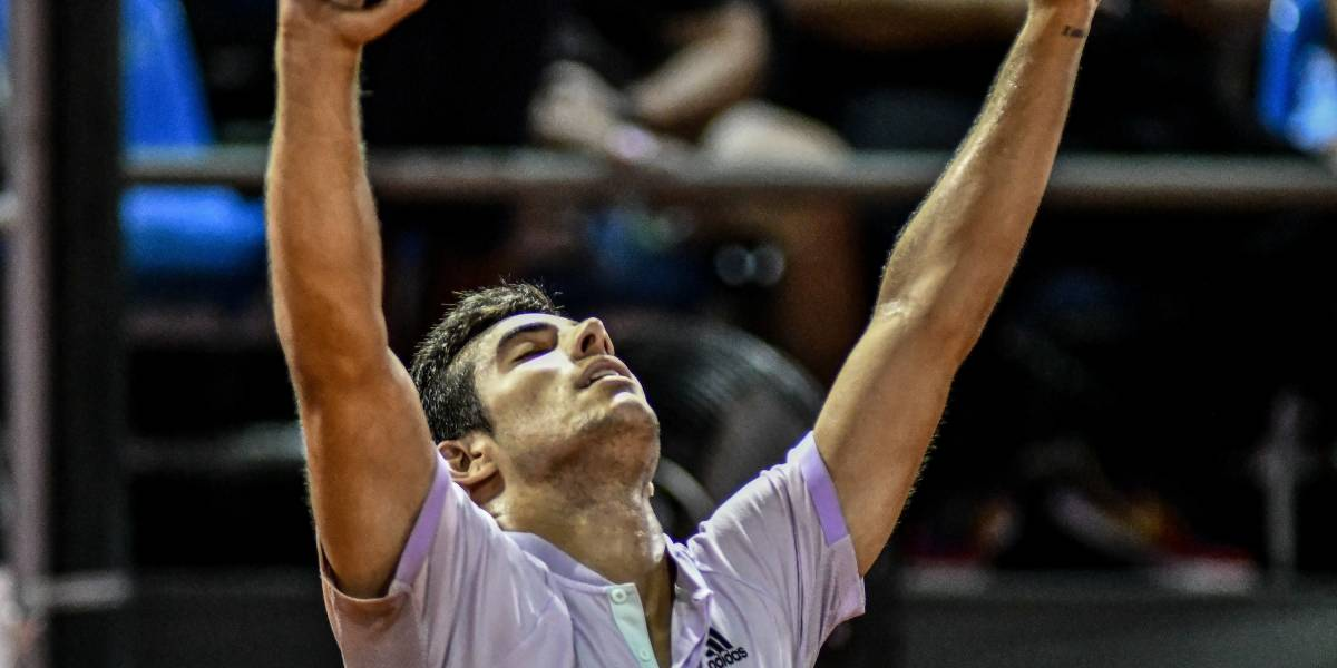 """Garín volvió a """"vestirse de Massú"""" y dio vuelta el marcador para meterse en semis del ATP 500 de Río"""