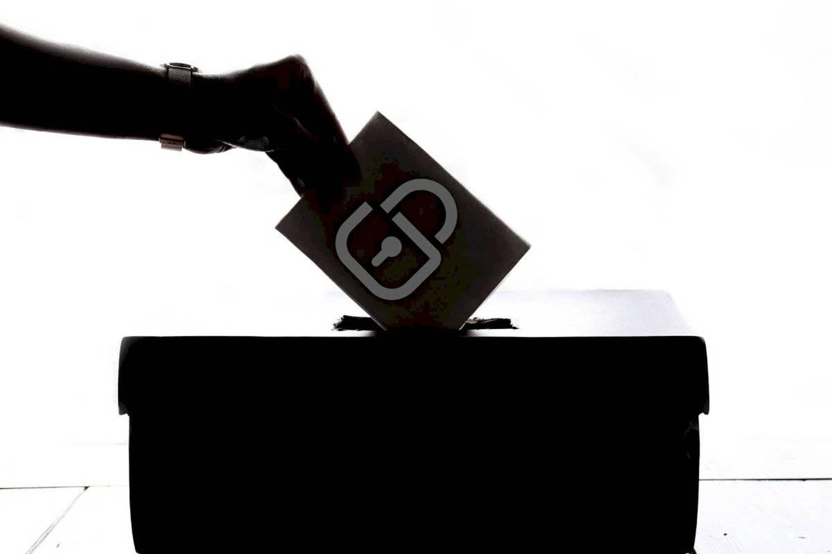 ballotblackandwh-34076f9fcded538e38a71c300b7d5b2f.jpg