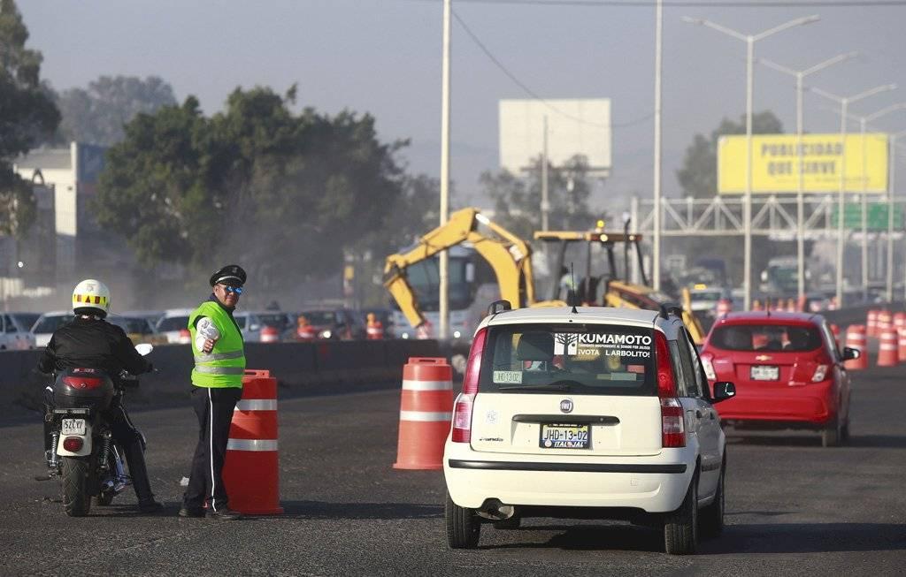 Nuevas obras del Peribús desatan caos vial en el sur de la ZMG