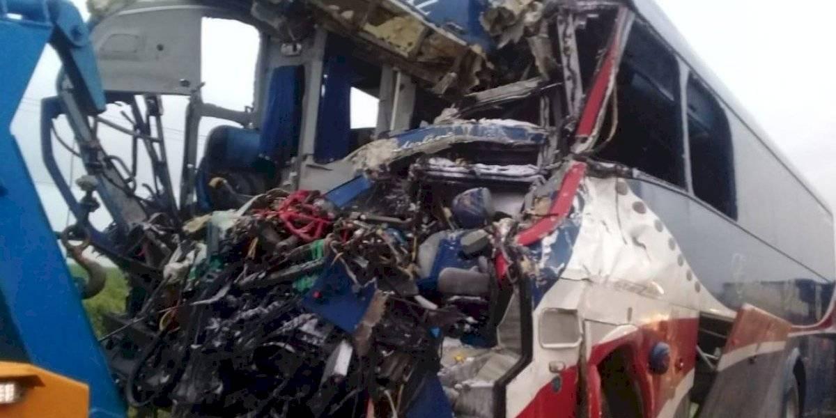 Carnaval: accidente deja ocho muertos y 30 heridos en Guayas (fotos)