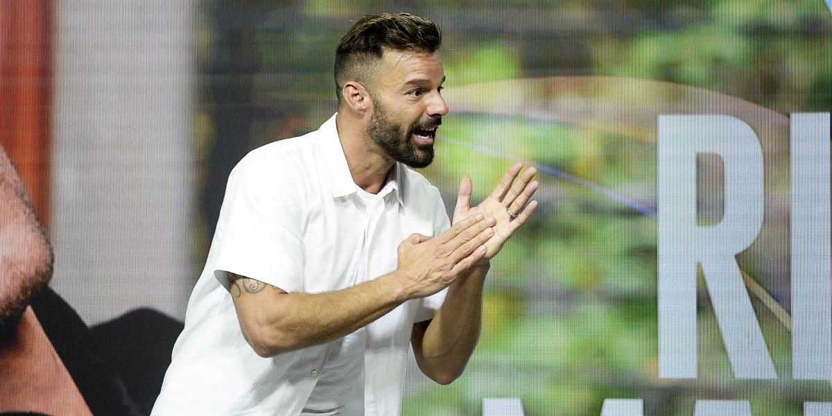 """Ricky Martin y su apoyo al estallido social : """"Siento mucha admiración por el pueblo chileno y las protestas son importantes"""""""