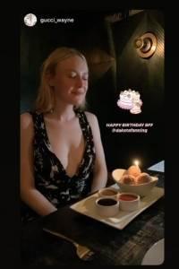 Dakota Fanning celebra su cumpleaños.