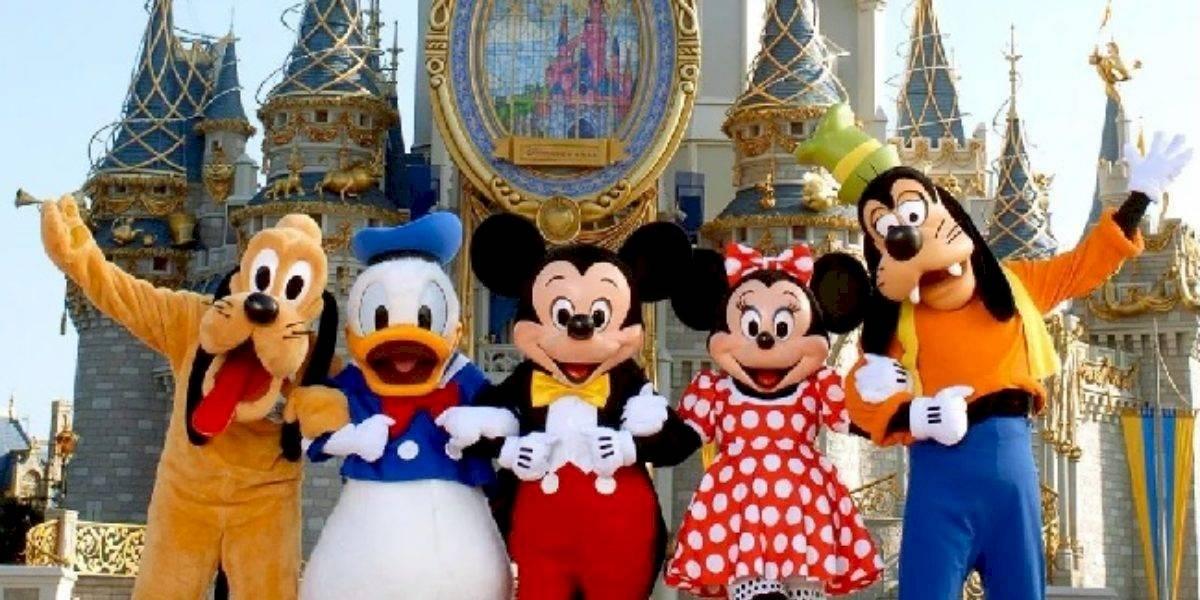 Disney se convertirá en centro de vacunación contra la COVID-19