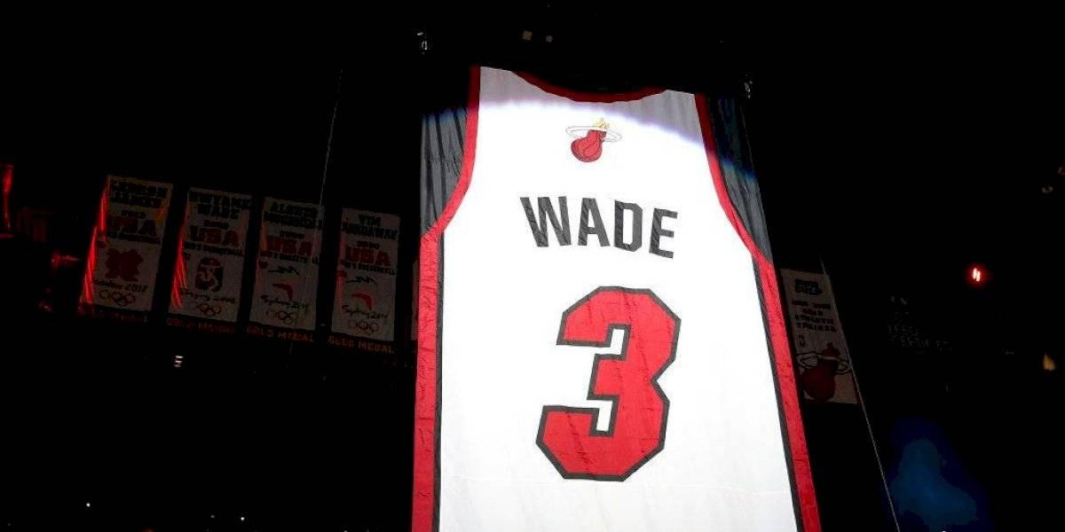 Heat de Miami retira camiseta de Dwyane Wade con paliza a Cleveland
