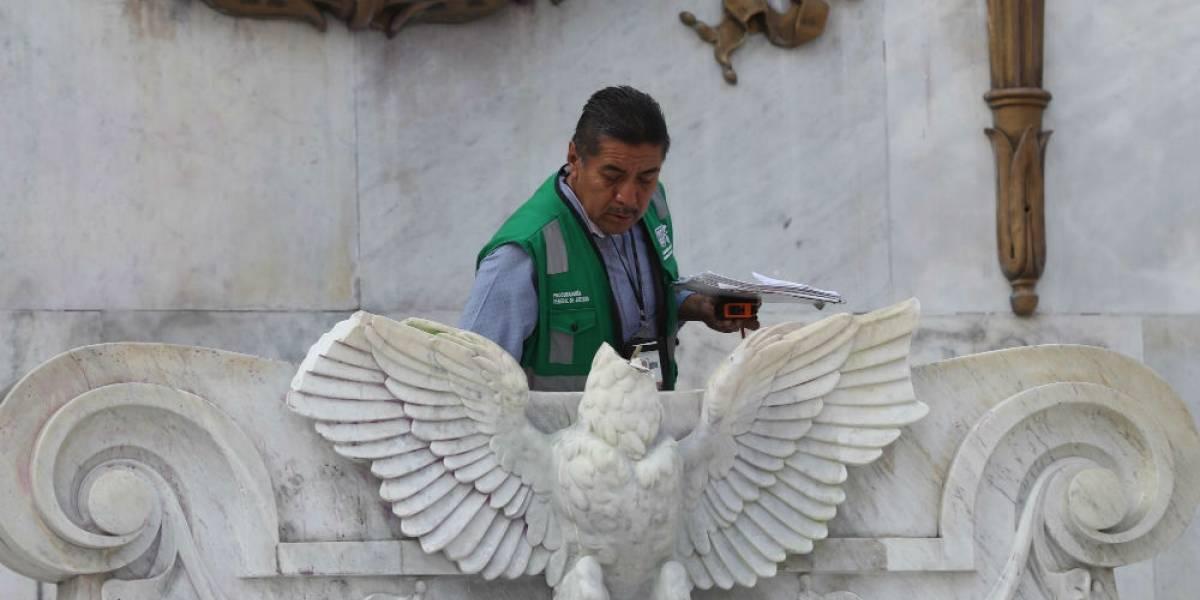 FOTOS: Destruyen águila republicana del Hemiciclo a Juárez