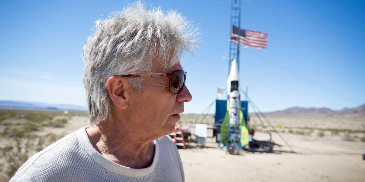 Terraplanista murió tras estrellarse en su cohete casero que pretendía usar para demostrar su teoría