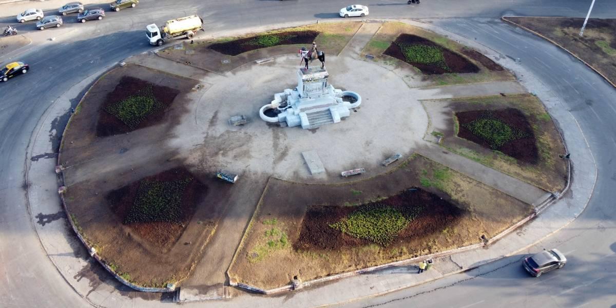 Municipalidad de Providencia comenzó hoy replantación de Plaza Italia