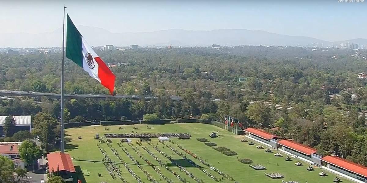 México celebra el 24 de febrero, el Día de la Bandera