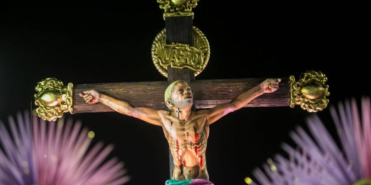 Desfile da Mangueira coloca 'Jesus' no topo dos assuntos mais comentados do Twitter