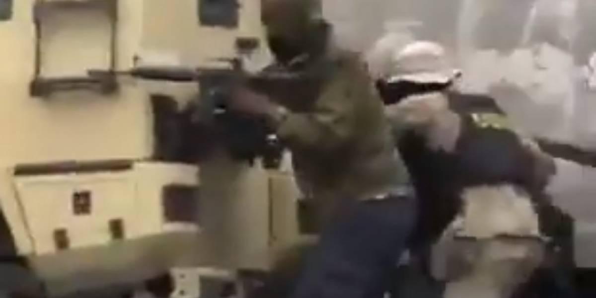 En Haití policías y soldados se baten a tiros: hubo dos muertos en asalto a cuartel