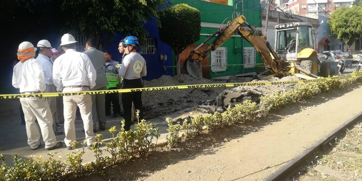 Hallan toma clandestina de combustible en la colonia Anáhuac