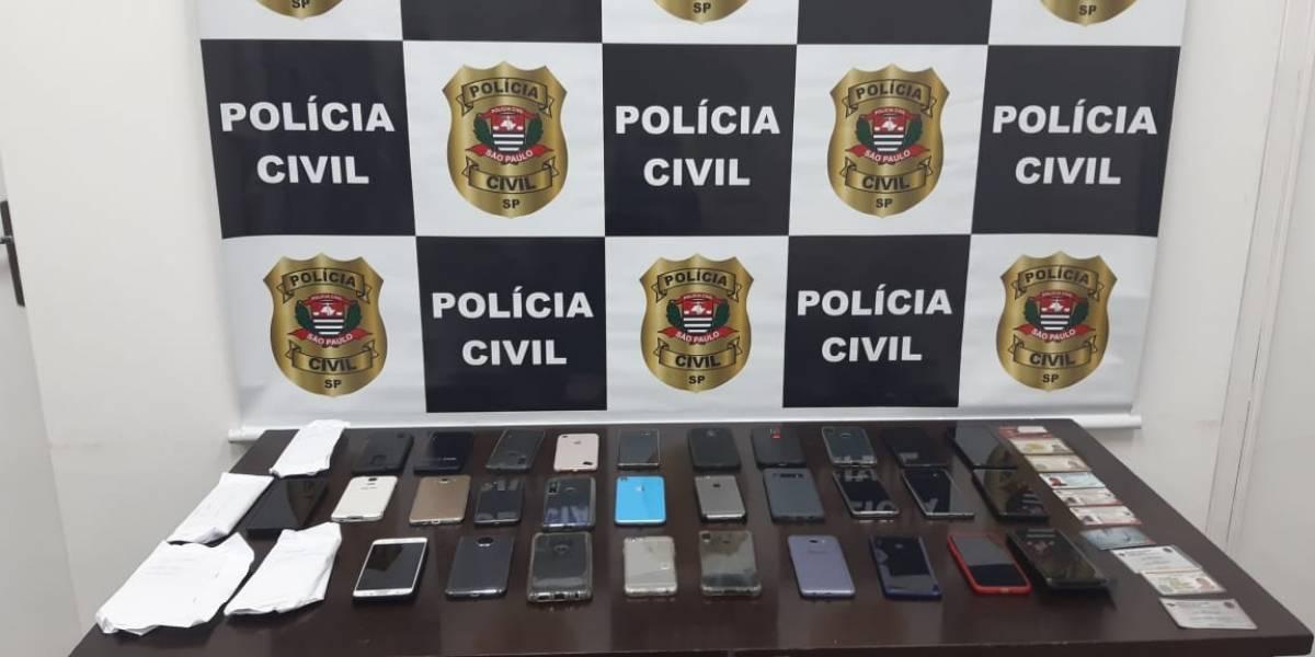 Mulheres são presas com 34 celulares em bloco de Carnaval de São Paulo