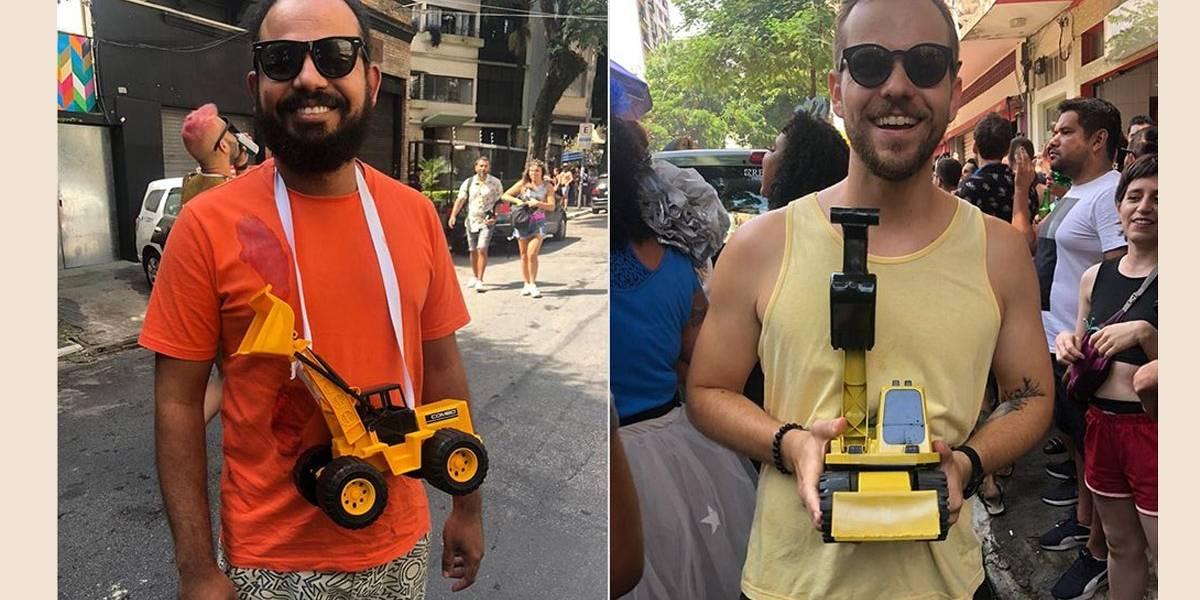 Carnaval politizado: Foliões se travestem de retroescavadeira e pacientes da Cedae