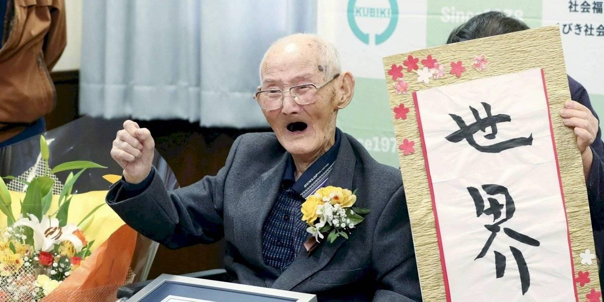 Muere el hombre más viejo del mundo días después de romper el récord