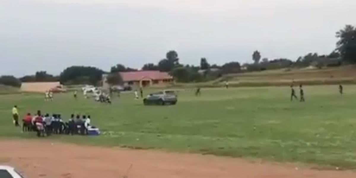 VIDEO: Aficionado intenta atropellar a un árbitro durante partido de futbol