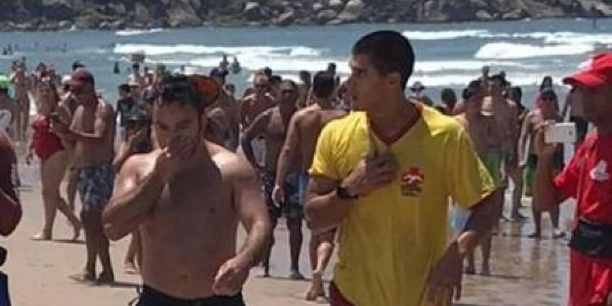 Avião de pequeno porte cai no mar no Guarujá; piloto sai ileso