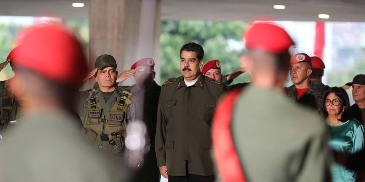 Maduro amenazó al mundo y envió un mensaje vestido de militar