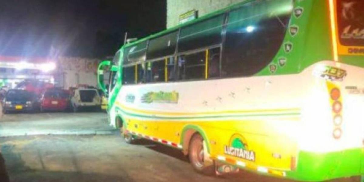 Hombre le quitó la vida a sujeto que intentó robar bus de servicio público
