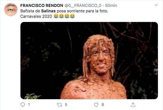 Los memes que dejó el desecho de aguas lluvias y servidas en el mar de Salinas