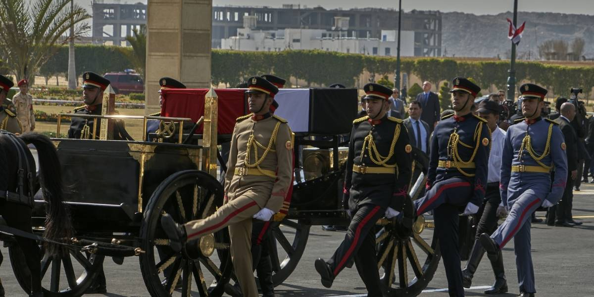 ¡Urgente! Murió el ex presidente de Egipto Hosni Mubarak