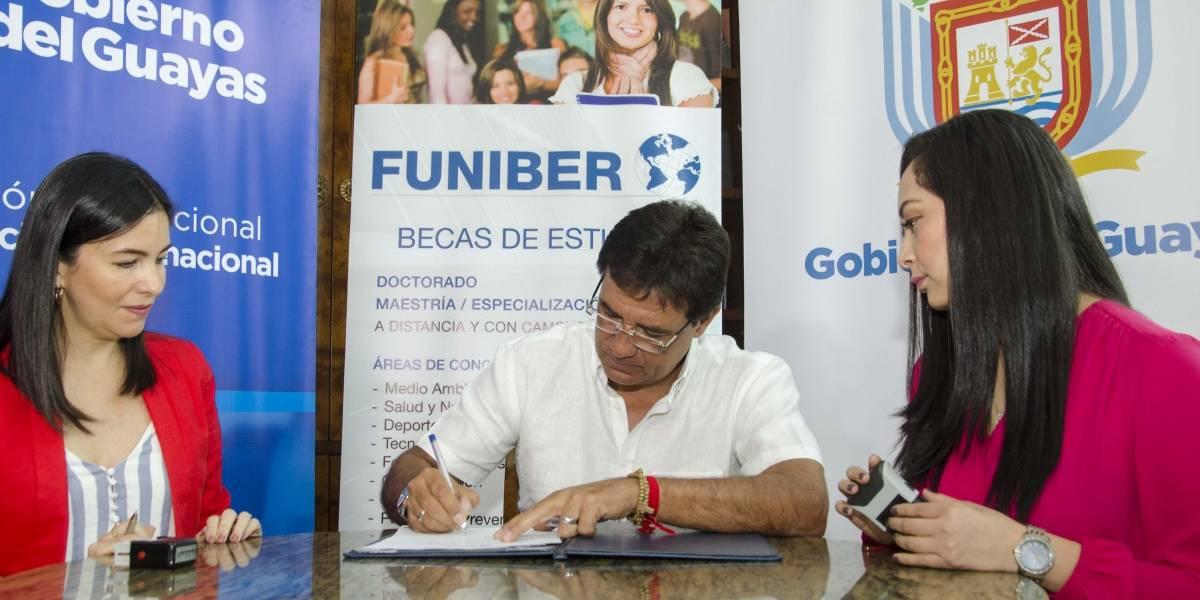 Becas parciales disponibles gracias al convenio entre Funiber y Gobierno del Guayas