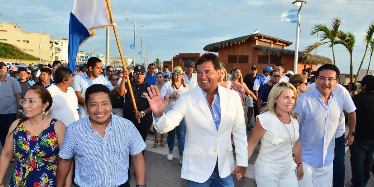 Fiesta en Playas por el nuevo malecón, Gobierno del Guayas anunció una segunda fase