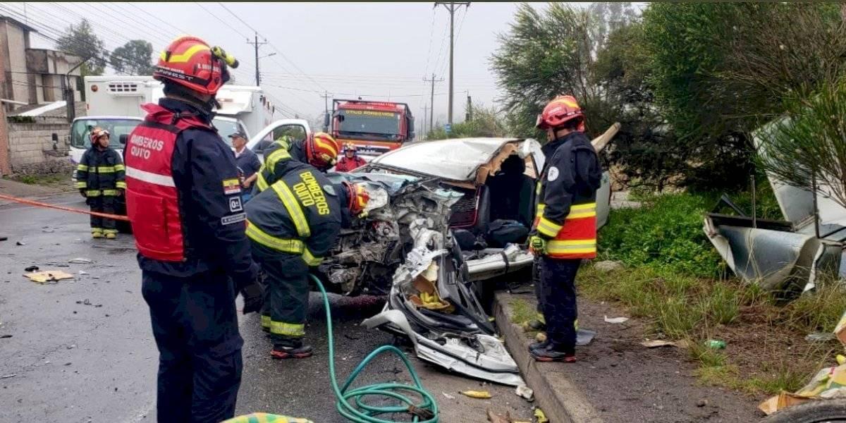 Quito: dos heridos en accidente de tránsito en la vía San Antonio – Calacalí