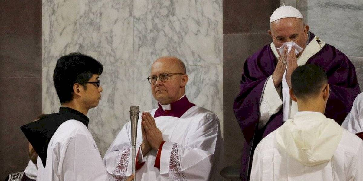 Francisco cancela visita en Roma por enfermedad