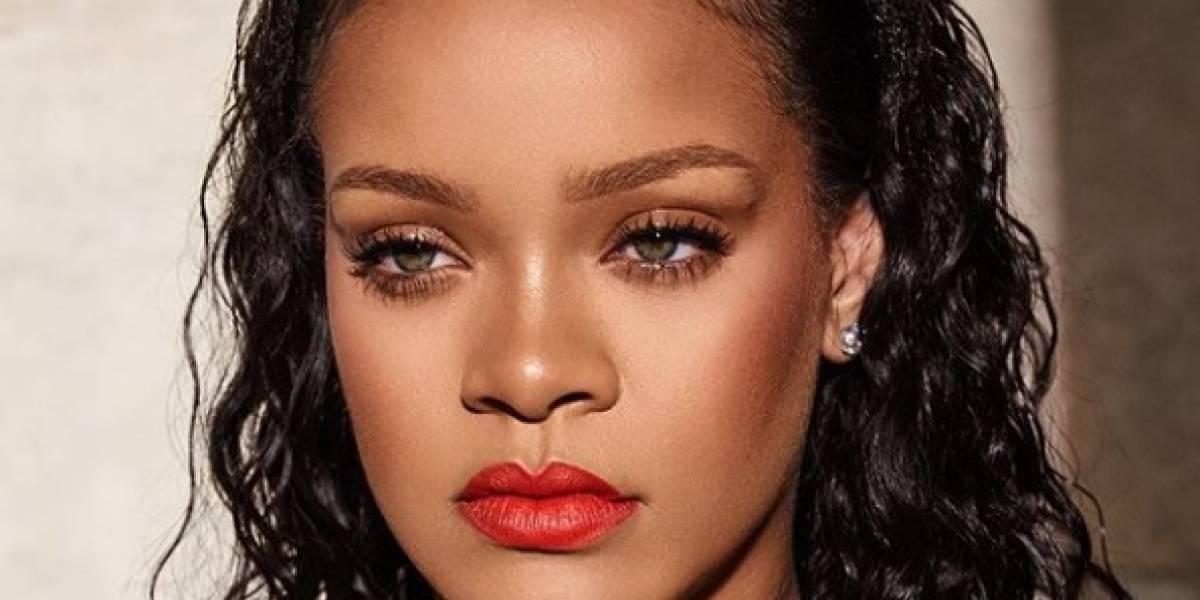 As cores de batons da Rihanna são maravilhosas e nós temos provas