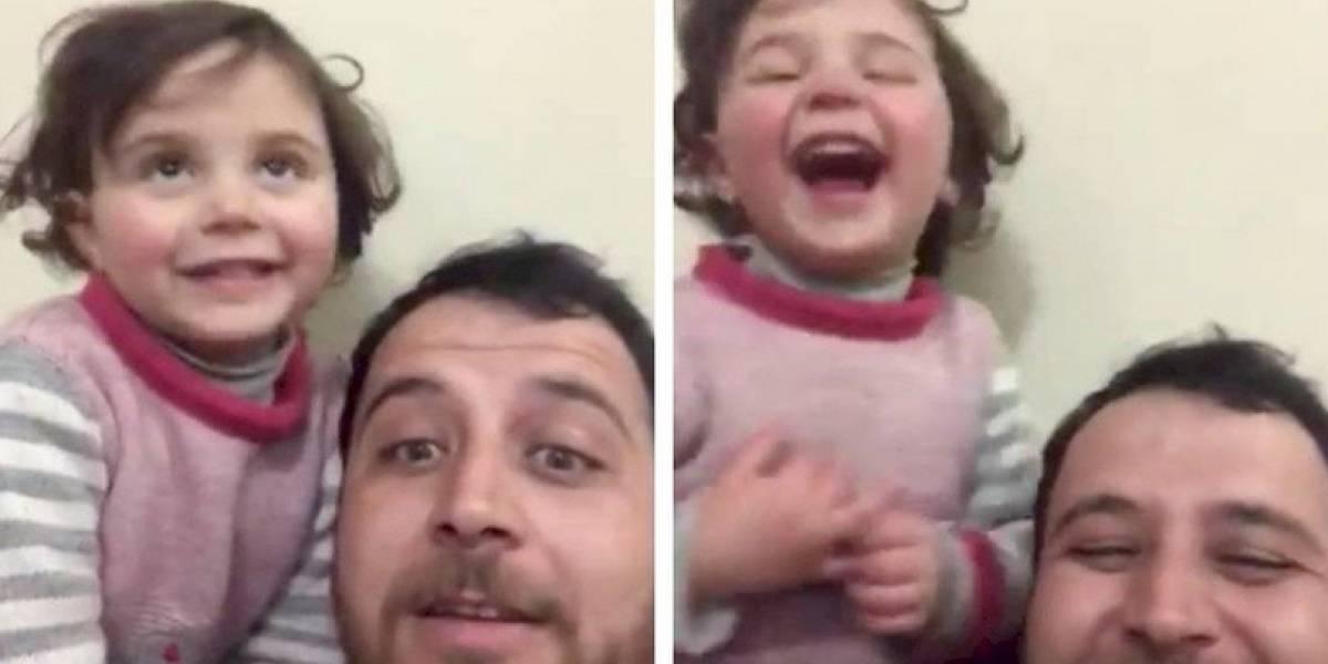 Padre que se hizo viral por hacer reír a su hija en medio de guerra logró escapar de las bombas