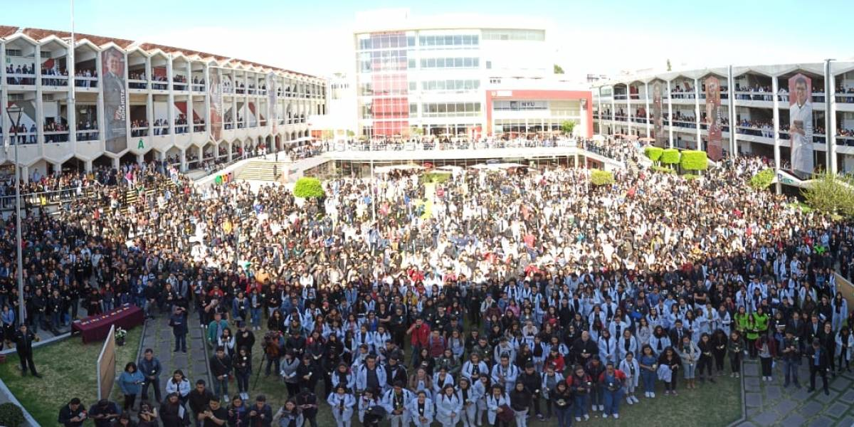 Se suman más universidades al paro estudiantil en Puebla
