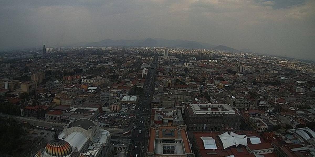 Frente frío provoca bajas temperaturas, fuertes ráfagas de viento y lluvias fuertes en México