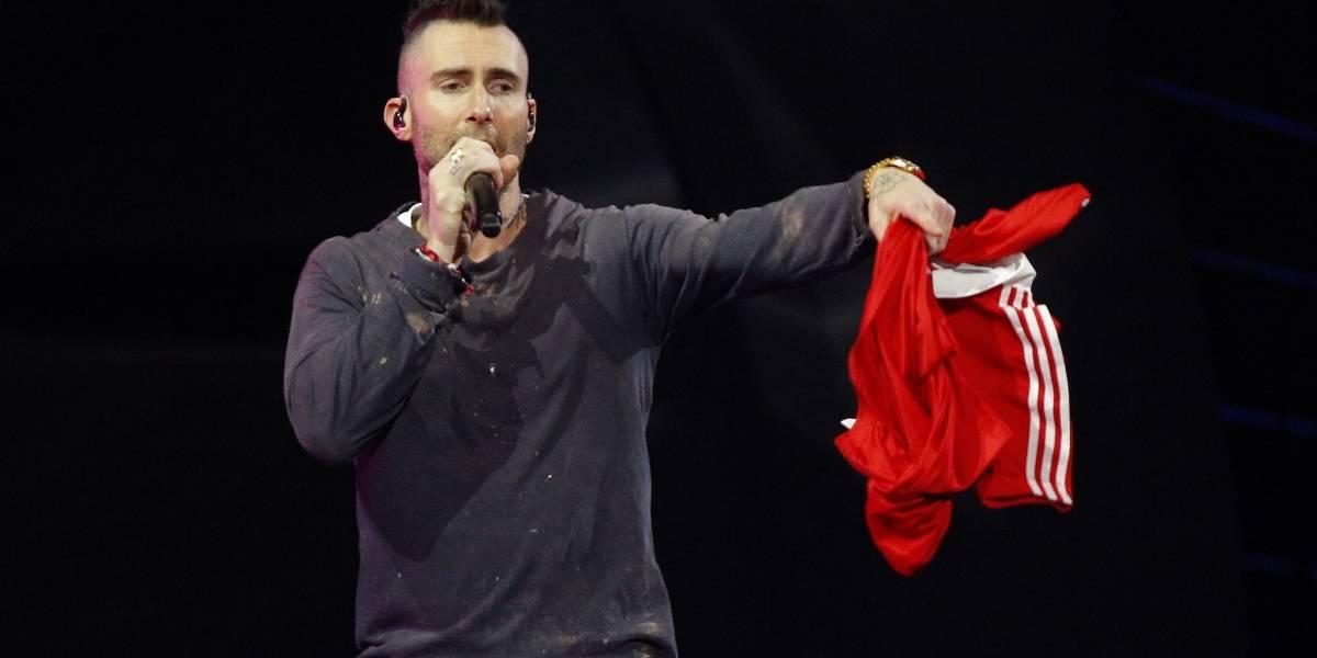 """Denise Rosenthal acusó a Adam Levine de Maroon 5: """"Pidió que nadie lo mirara a la cara, que se dieran vuelta hacia la pared"""""""